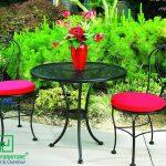 Những mẫu bàn ghế sắt chất lượng, giá cả hợp lý.