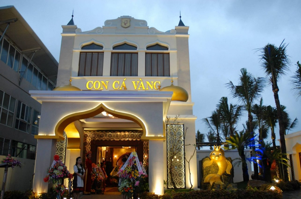 Nhà hàng Con Cá Vàng