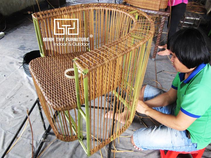 Video sản xuất ghế cafe nhựa giả mây sân vườn đạt chuẩn chất lượngtại Nội thất Minh Thy