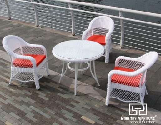 Ưu điểm vượt trội của ghế nhựa giả mây cafe